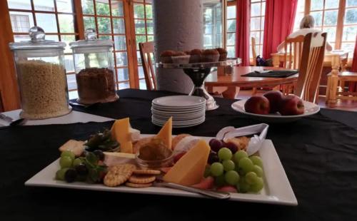 Breakfast-Room-1